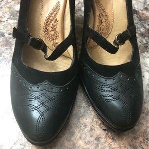 Beautiful Comfortable Sofft Heels!